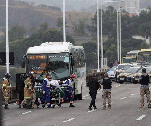 Rio de Janeiro police kill bus hostage-taker