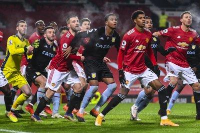 Premier League has COVID-19 surge for soccer players, coaches