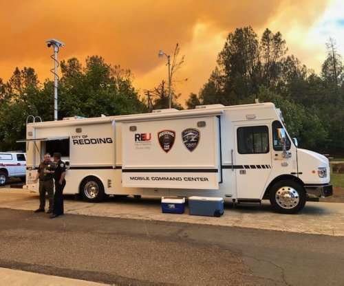 California's Fawn Fire continues to grow north of Redding