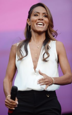 Jada Pinkett Smith hopes to fit in Oscars dress after weight gain