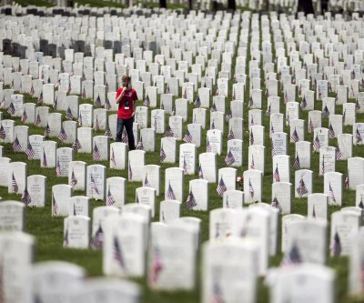 VA bans Confederate flags from national cemetery flagpoles