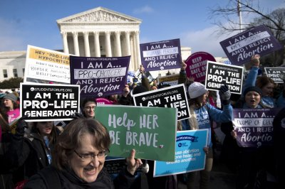 Supreme Court temporarily halts Louisiana abortion law