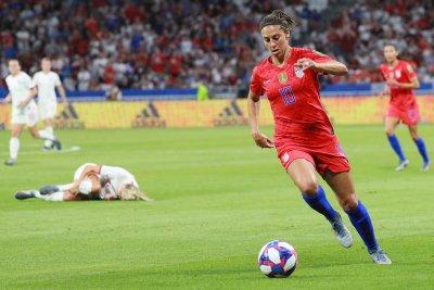 Carli Lloyd, USA women's national team cruise past Portugal in friendly