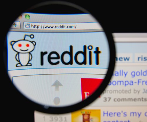 Reddit CEO Ellen Pao offers to improve communication in wake of firing scandal