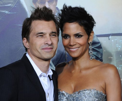 Halle Berry reportedly lost engagement ring, no divorce