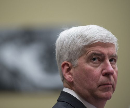 Michigan Gov. Snyder facing class-action lawsuit over Flint water crisis