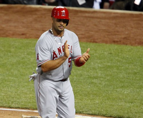 Albert Pujols, Andrelton Simmons power Los Angeles Angels' 7-3 win over Boston Red Sox