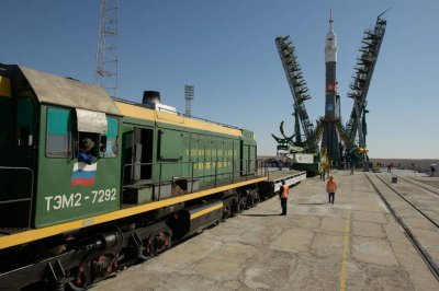 After rollout, Soyuz rocket set to launch new crew to space station