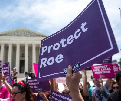 Federal judge partially reinstates abortion access in Oklahoma