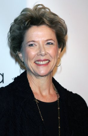 Women critics honor Annette Bening