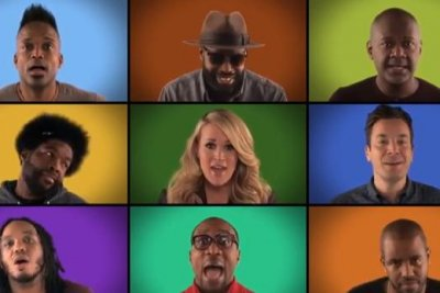 Carrie Underwood, Jimmy Fallon sing 'We are the Champions'