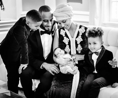 Alicia Keys shares first photo of son Genesis in family portrait