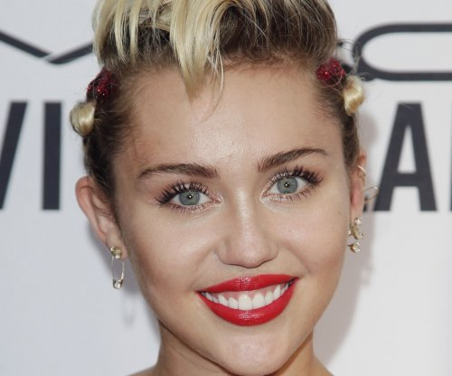 Miley Cyrus to host the MTV Video Music Awards show