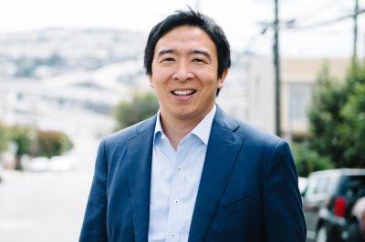 Andrew Yang centers presidential bid around 'universal basic income'
