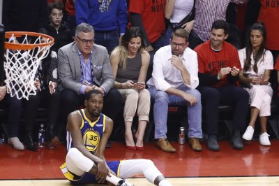 NBA Finals: Warriors stars criticize Raptors fans after Kevin Durant's injury