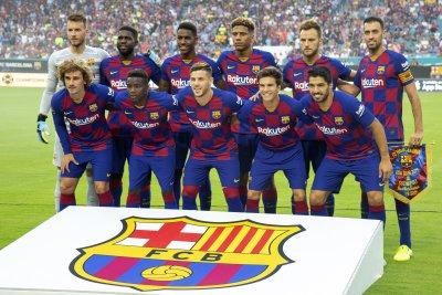 Ivan Rakitic helps Barcelona beat Napoli in Miami