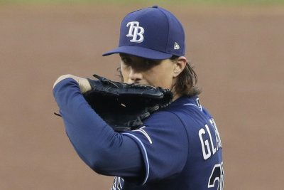 MLB playoffs: Rays strike out Yankees, tie ALDS