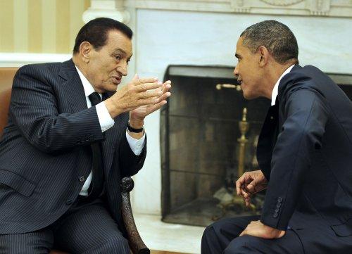 Mubarak succession dominates Egypt polling