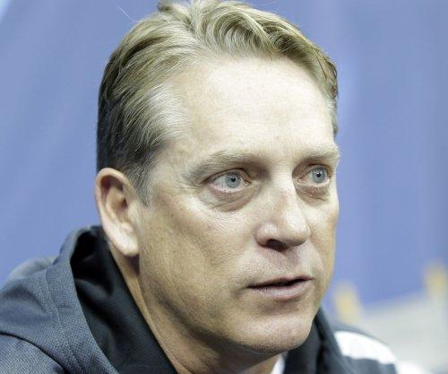 Oakland Raiders hire Del Rio as head coach