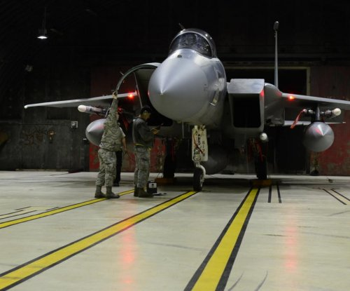 U.S. F-15C Eagle jets arrive to protect Turkish airspace