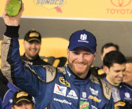 NASCAR: Dale Earnhardt Jr. returning to racetrack as concussion symptoms ease
