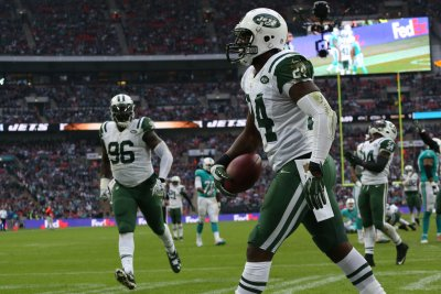 New York Jets' Darrelle Revis might change positions