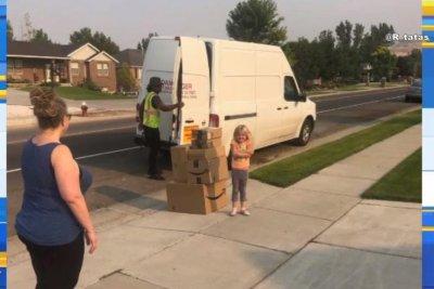 Girl, 6, buys $350 worth of toys on mom's Amazon account