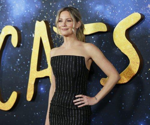Jennifer Nettles to return to Broadway in 'Waitress'