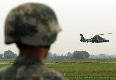 Panetta: U.S. not seeking to contain China