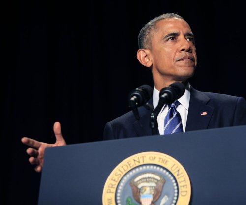 Obama praises Dalai Lama, condemns Islamic State at prayer breakfast