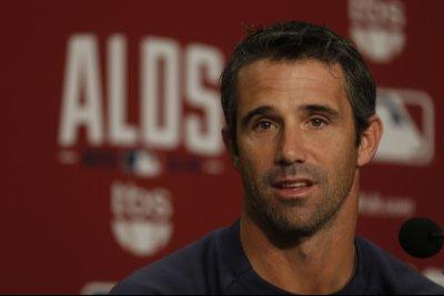 MLB suspends Brad Ausmus for outburst