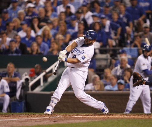 Kendrys Morales slam powers Kansas City Royals past Toronto Blue Jays