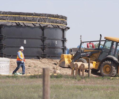 Payrolls down for shale-rich Texas