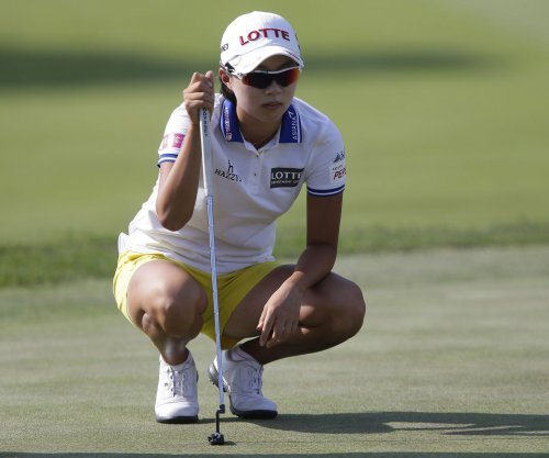 Alena Sharp, Hyo Joo Kim, Lexi Thompson tied after second round at ManuLife LPGA Classic