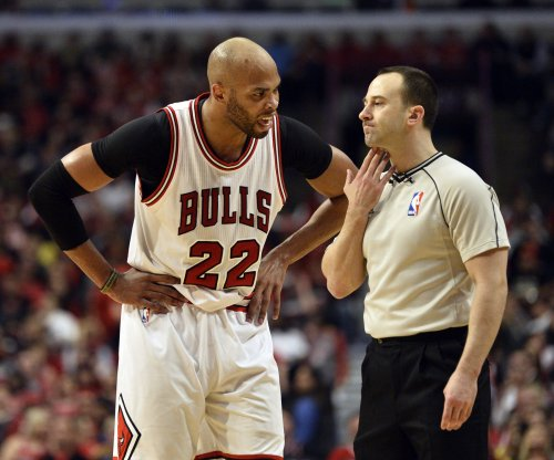 Chicago Bulls' Gibson undergoes arthroscopic ankle surgery