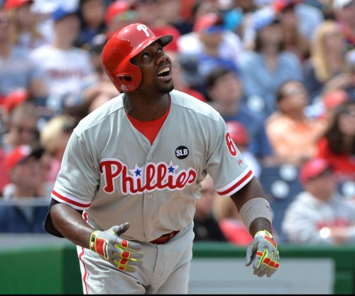 Philadelphia Phillies honor 1B Ryan Howard, rally to beat New York Mets
