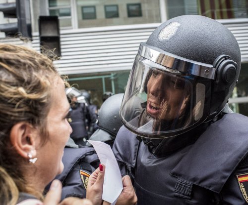 Spanish official apologizes for police actions during Catalan referendum