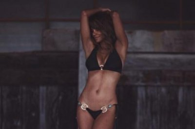 Halle Berry celebrates new year with bikini photo