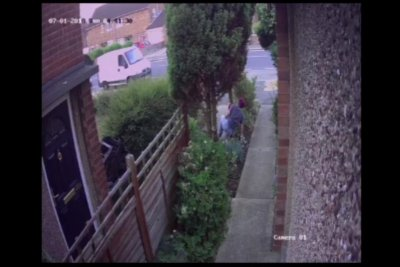 Gnome thief takes a tumble in British yard