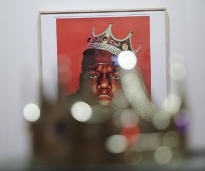Sale of Notorious B.I.G.'s plastic crown sets Guinness record