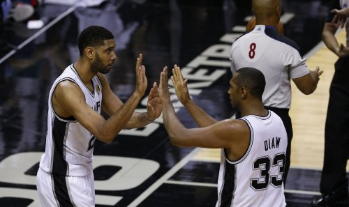 Spurs send Sixers to 10th straight loss