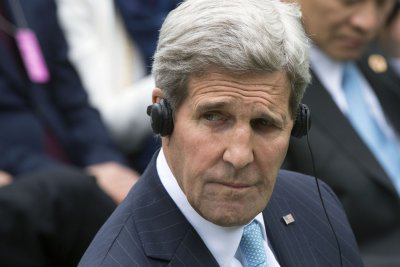 Secretary of State Kerry to meet with Netanyahu, Abbas amid ongoing violence