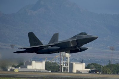 U.S. deploys F-22 Raptor stealth fighters to base in Japan