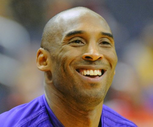 Kobe Bryant wins All-Star starting spot