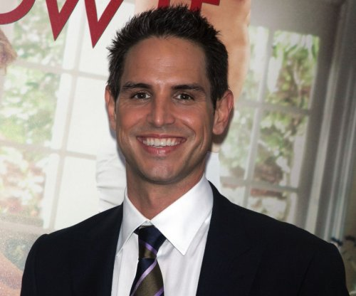Greg Berlanti to direct 'Little Shop of Horrors' re-make for WB