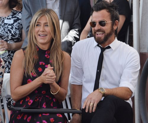 Jennifer Aniston, Justin Theroux step out to support Jason Bateman