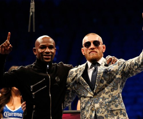 Floyd Mayweather has giant portrait of Conor McGregor