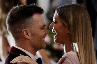 Patriots' Tom Brady, wife put Massachusetts home on market for $39.5M