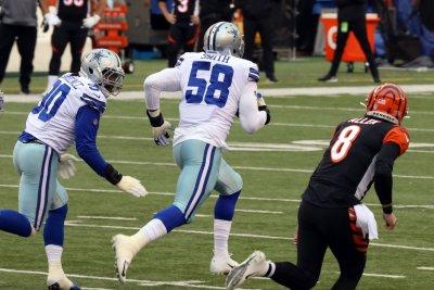 Seattle Seahawks sign ex-Dallas Cowboys DE Aldon Smith