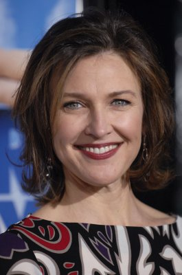 Brenda Strong joins 'Dallas' cast